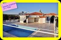 Müstakil Havuzlu Kapalı Garajlı Satılık Villa,