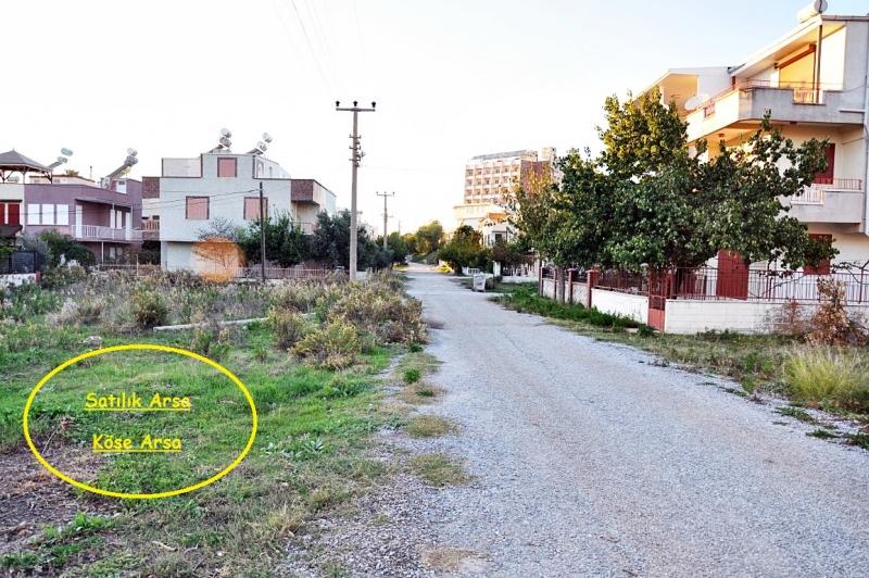 Didim Mavişehirde Denize Yakın Satılık Köşe Arsa