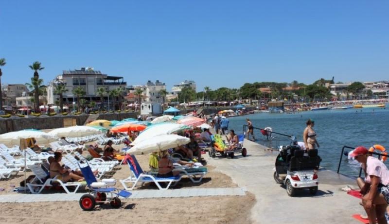 Diyed Engelsiz plaj'da çevre düzenlemesi