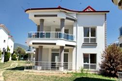 Didim'de Satılık Akbük'te Denize Yakın 5+1 Villa