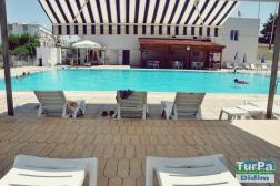 Didim Cumhuriyet Meydanı Mevkii de Havuzlu Site İçinde Villa