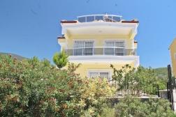 Akbükte Satılık 4+1 Müstakil Havuzlu Villa
