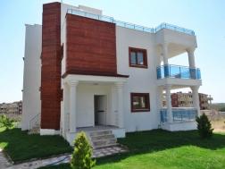 Didim İmbat Koyunda Satılık 4+1 Sıfır Villa