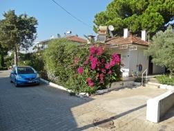 Didim Mavişehirde Denize Yakın 2+1 Ayrı Mutfak Yazlık