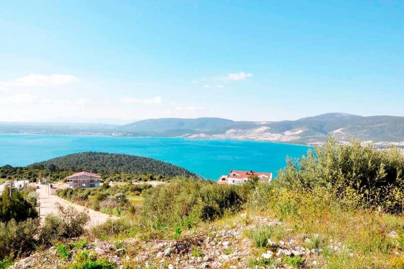 Didim Akbükte Deniz Manzaralı 290 M² Arsa