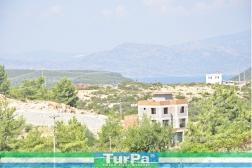 Didim Seyrantepe'de Göl Manzaralı Arsa