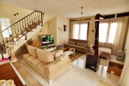 Didimde Satılık Yeşilkentte 3+1 Eşyalı Villa