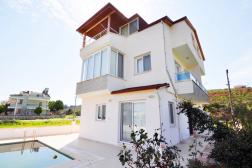 Mavişehir Sagturda Satılık Müstakil Havuzlu Villa