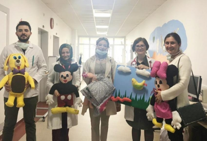 Didim Çocuk Akademisinden Örnek Proje 'Maskesiz bir Gülücük'
