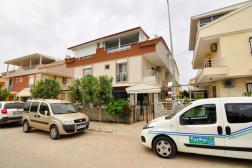 Didim Efeler Mah. Satılık Havuzlu Villa Köşe Başı Ön Cephe