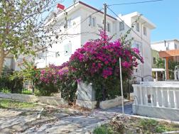 Mavişehirde Satılık 5+1 Tribleks Villa