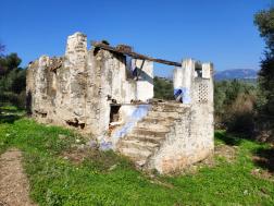 Milas Danışment Köyünde Satılık Tadilatlı Köy Evi