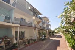 Didim Çamlık'ta Plaja 100 Metre Satılık Villa 4+1