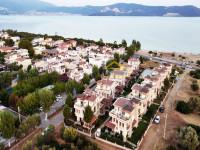 Didim Akbük'te Denize Sıfır Sitede Satılık Villa 4+1